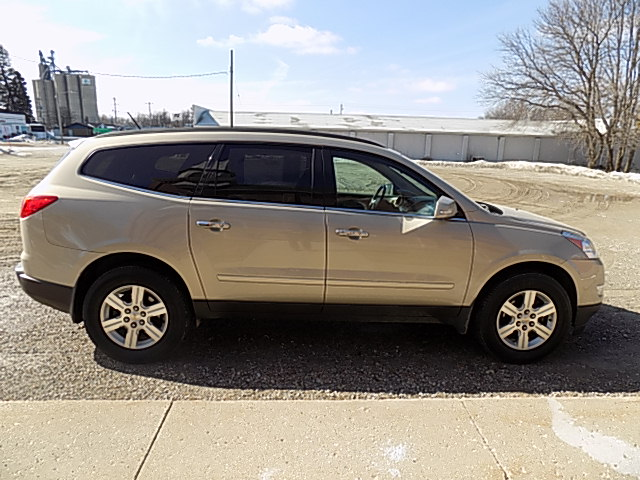 2012 Chevrolet Traverse 2 LT